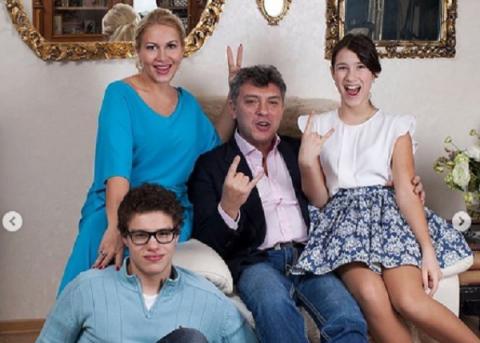 Екатерина Одинцова рассказала, как она с детьми пережила гибель Бориса Немцова