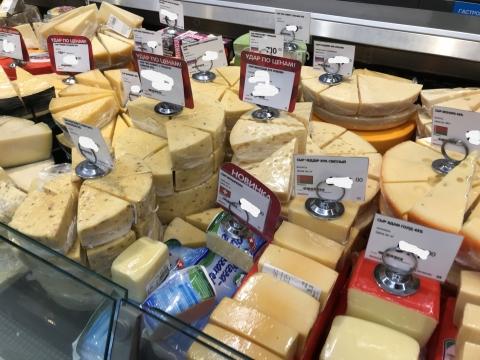 Партию санкционных сыров обнаружили на рынке в Нижнем Новгороде