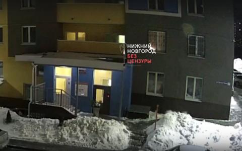 Нижегородцы сообщают о падении девушки с 17-го этажа на Казанском шоссе