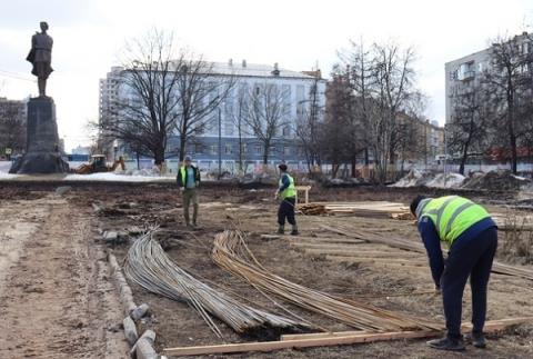 Центральную лестницу на площади Горького реконструируют в Нижнем Новгороде