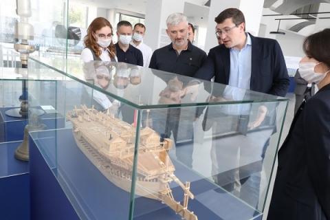 Глеб Никитин пригласил нижегородцев посетить выставочное пространство «Река-Река»