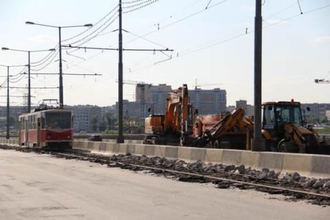 Размыв грунта произошел под опорами Молитовского моста в Нижнем Новгороде