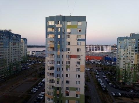 СК начал проверку по факту гибели выпавшей с 17-го этажа нижегородки