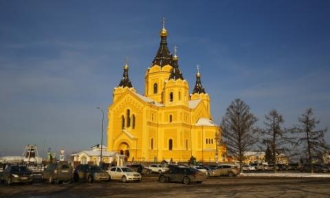 Соборное богослужение провели нижегородские епископы в храме Александра Невского