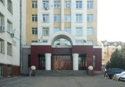 Мужчина погиб при падении из окна здания МВД в Нижнем Новгороде