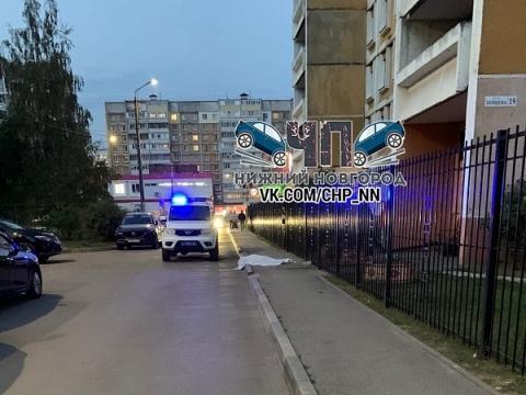 15-летняя девочка погибла при падении из окна в Сормове