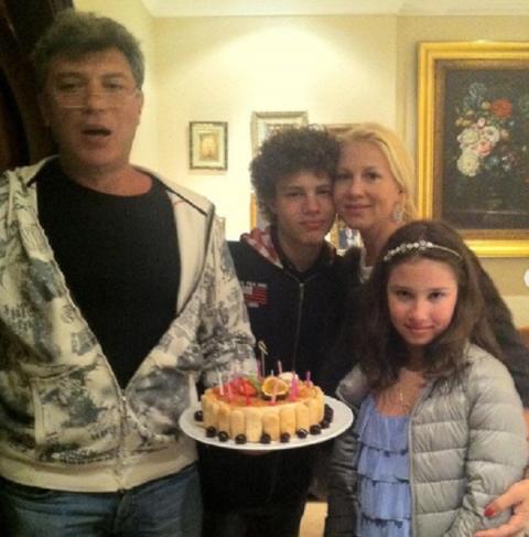 Екатерина Одинцова откровенно рассказала о двух своих беременностях