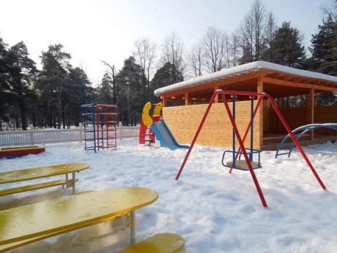 Труп мужчины почти сутки пролежал на детской площадке в Нижнем Новгороде