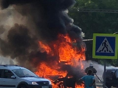 Появились фото с места массового ДТП с тремя погибшими в Нижегородской области