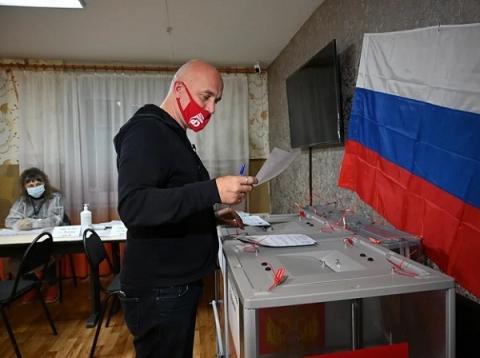 Захар Прилепин проголосовал на выборах в Дзержинске 17 сентября