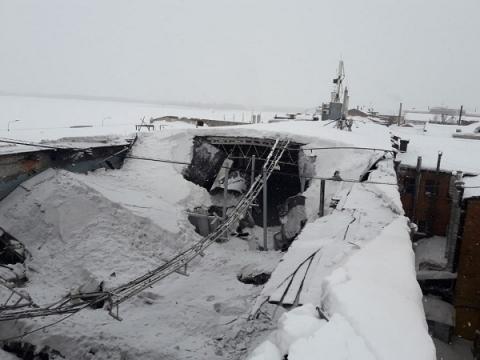 Крыша дома на Нижневолжской набережной обрушилась в Нижнем Новгороде