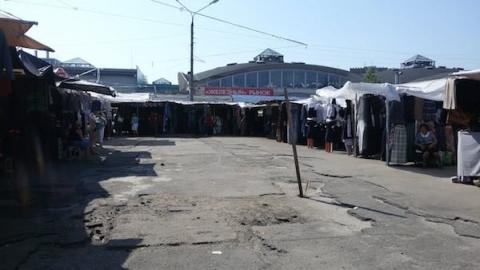 Карповский рынок в Нижнем Новгороде обесточен приставами
