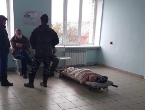 Минздрав прокомментировал 4-часовое ожидание инвалида на полу Сокольской ЦРБ