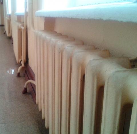 Более 70 домов и больница остались без отопления в Дзержинске 5 января