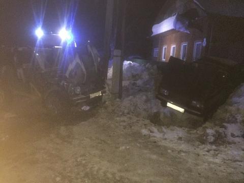 Три человека пострадали и один погиб в ДТП в Шахунье