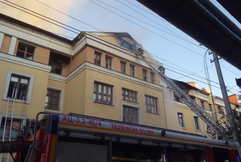 Семь человек пострадали при пожаре в общежитии ПИМУ 31 июля