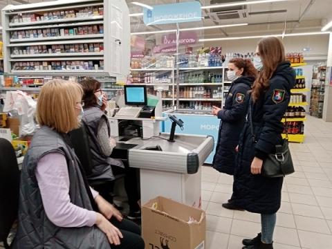 Соблюдение масочного режима массово проверяют в ТЦ Нижегородской области