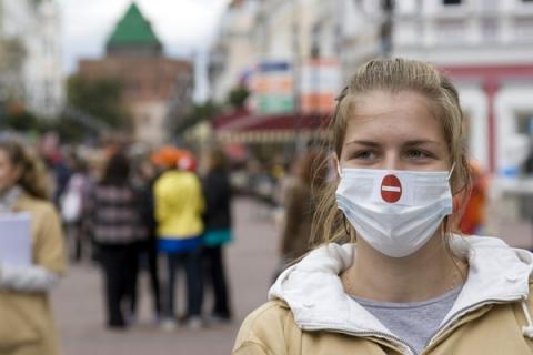 Нижегородцев предупредили об угрозе «маскне» из-за коронавируса