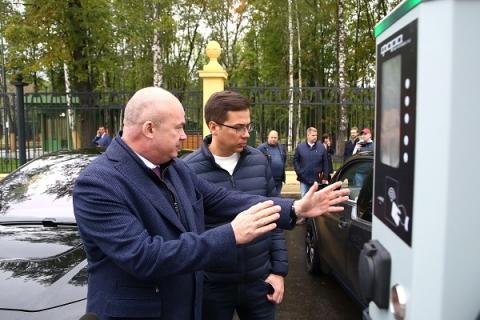Зарядная станция для электромобилей заработала около нижегородского парка «Швейцария»