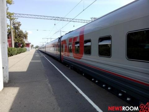 СК выясняет обстоятельства гибели мужчины с подростком под поездом в Шахунье