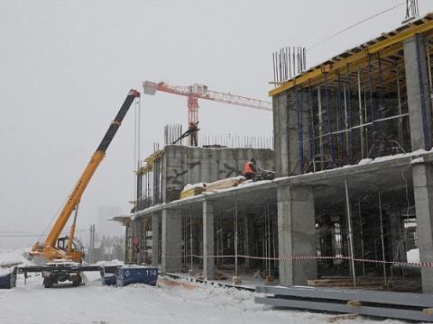 Строительство «Школы 800» в Верхних Печерах завершится к июлю 2021 года