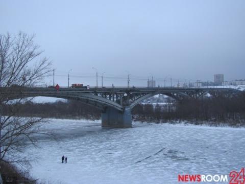 Подросток погиб при падении с Канавинского моста в Нижнем Новгороде 27 января