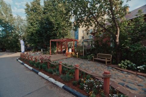 Квартал церкви «Трех Святителей» в Нижнем Новгороде открылся после благоустройства