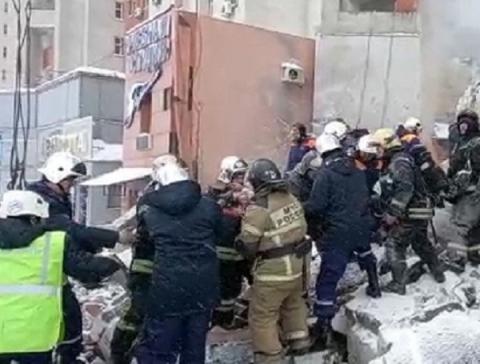 Женщину извлекли из-под завалов на месте взрыва в Нижнем Новгороде