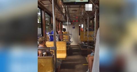 Нижегородцы протестировали первый ретро-трамвай на маршруте №2