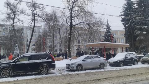Блошиный рынок в сквере имени Свердлова возобновил свою работу
