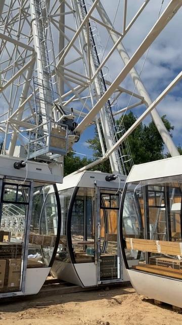 Монтаж колеса обозрения у площади Сенной завершат к середине августа