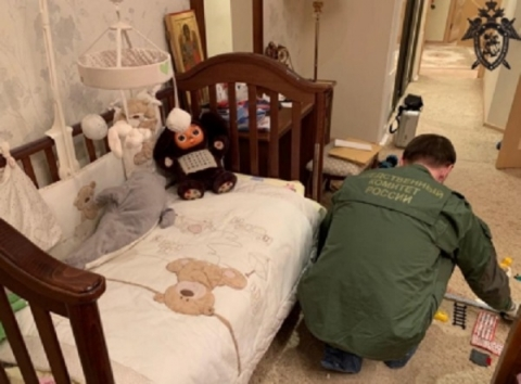 Появилось видео следственного эксперимента с подозреваемым в убийстве семьи нижегородцев