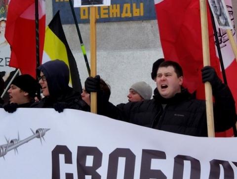 Более 1000 человек пришли на акцию в поддержку Навального в Нижнем Новгороде 21 апреля