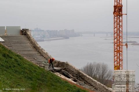 Чкаловскую лестницу начали восстанавливать в Нижнем Новгороде