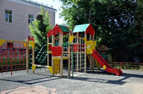 Пенсионеры воспрепятствовали созданию детской площадки в Кузнечихе
