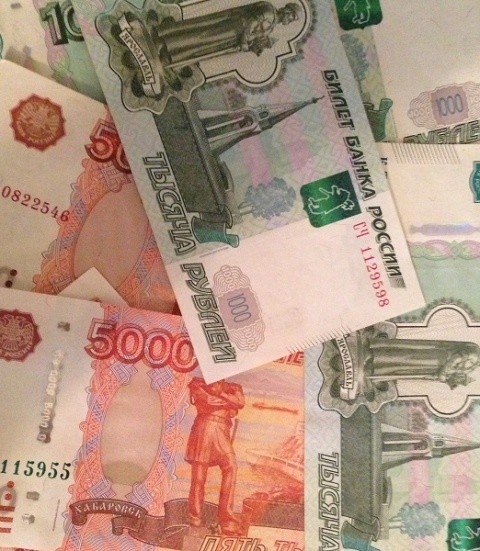 Более 2,9 млн рублей задолжали нижегородские работодатели сотрудникам